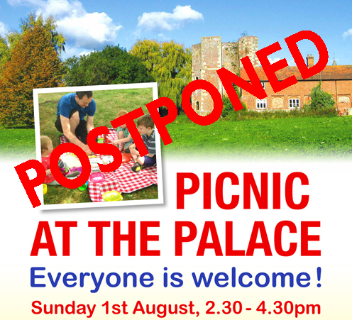You are currently viewing There's a picnic at the Palace and everyone is welcome!
