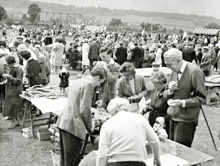 Helpers needed for the Otford Village Fete